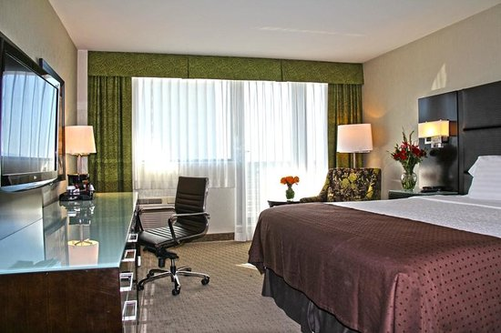 holiday inn broadway vancouver reviews